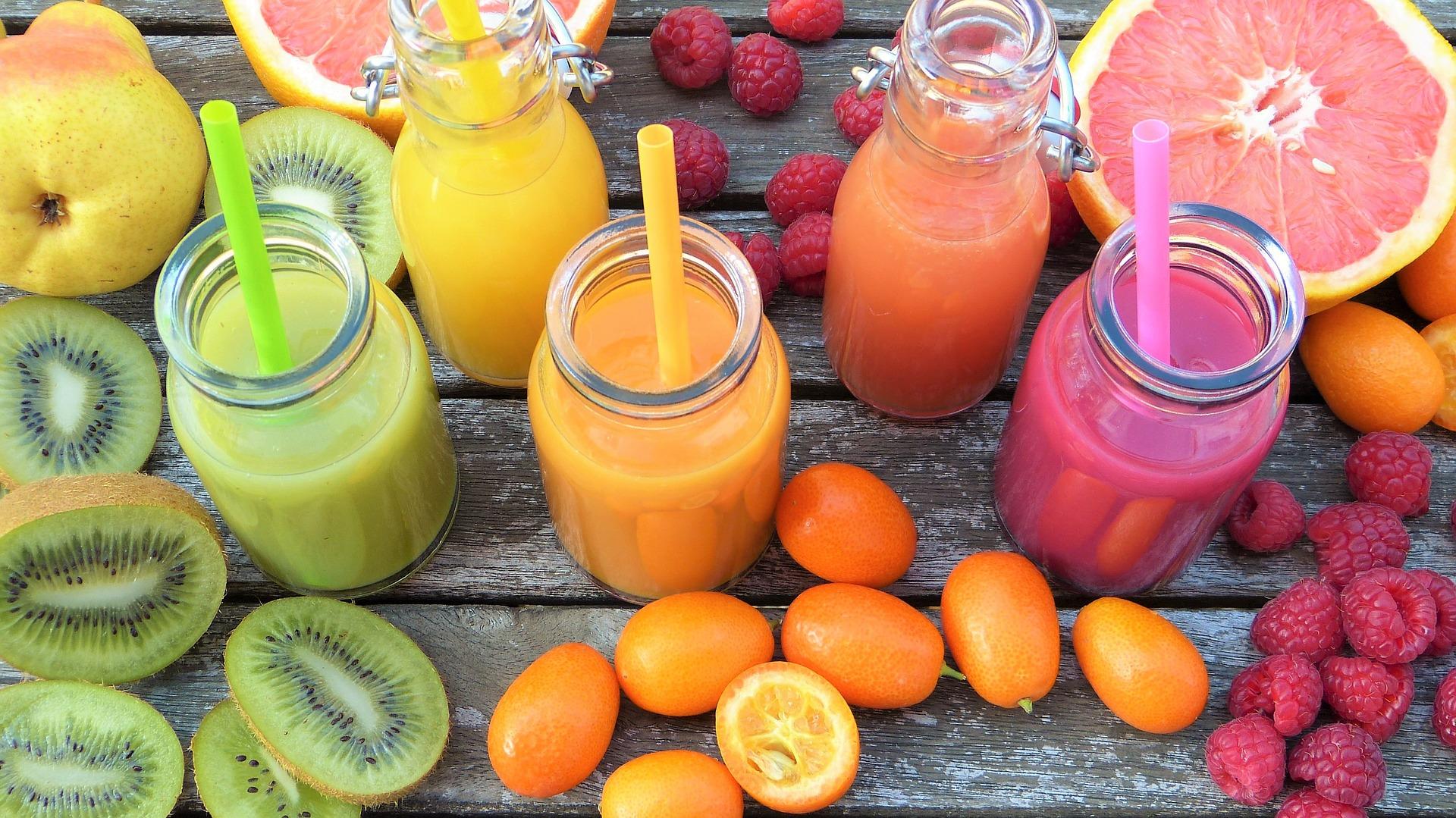 Suc de fructe din concentrat